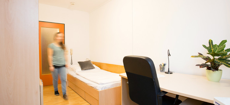 Einbettzimmer im ÖJAB-Haus Steiermark.