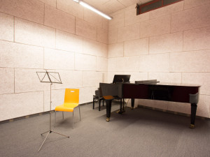 music practice room at the ÖJAB-Haus Johannesgasse.