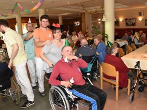 Faschingsfest mit BewohnerInnen und MitarbeiterInnen im ÖJAB-Haus St.Franziskus in Güssing.