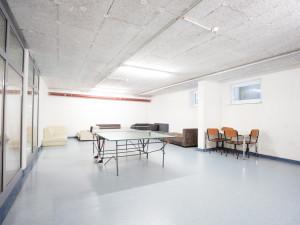Gemeinschaftsraum mit Tischtennis im ÖJAB-Haus Eisenstadt.