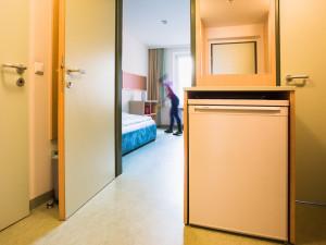 Vorzimmer eines Einbettzimmers im ÖJAB-Haus Meidling.