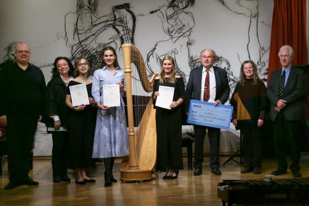 Teilnehmer des ÖJAB-Musikwettbewerbs 2015 am Klavier.
