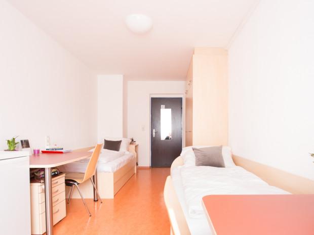 Twin room at the ÖJAB-Haus Niederösterreich 2.