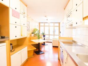 Gemeinschaftsküche im ÖJAB-Haus Salzburg in Wien.