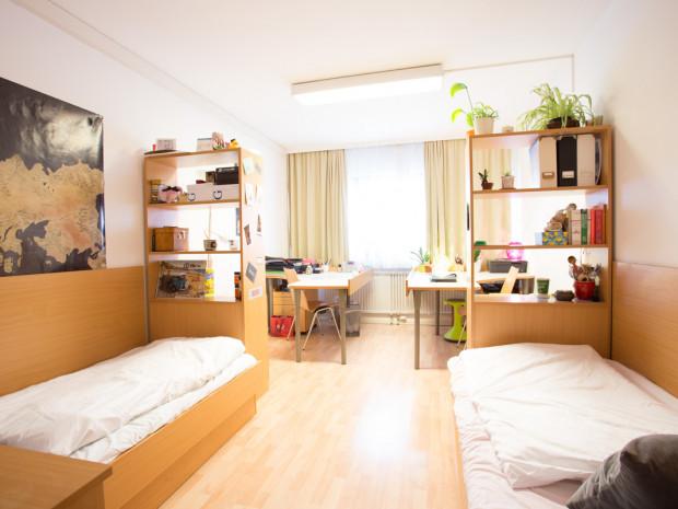 Zweibettzimmer des ÖJAB-Hauses Burgenland 1.