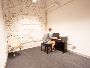Music practice room of the ÖJAB-Haus Graz.