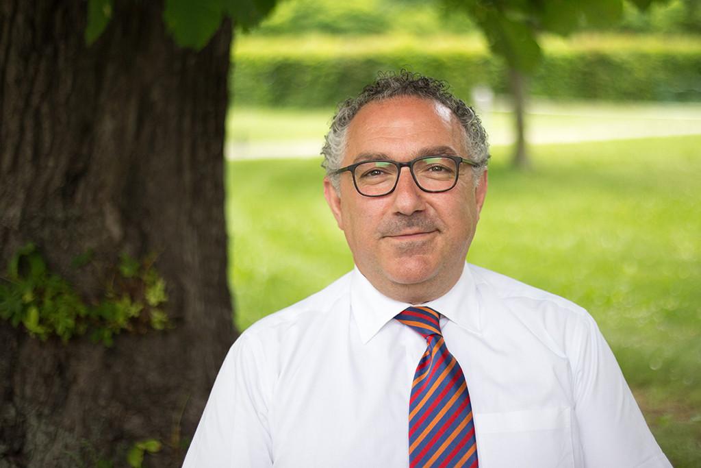 House manager of the ÖJAB-Haus Dr. Rudolf Kirchschläger Coco Akdedian.