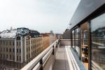 Die oberen Stockwerke des ÖJAB-Hauses Niederösterreich 1 bieten den Studierenden einen eindrucksvollen Wien-Blick. – Foto: andys.cc, Moritz Weixelberger.