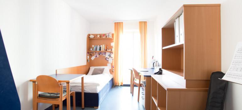 Einbettzimmer im ÖJAB-Europahaus Dr. Bruno Buchwieser.