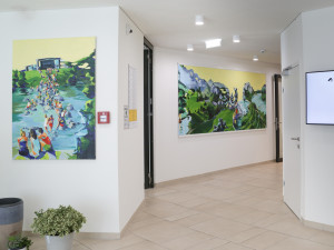 Foyer of the house with art pieces from Brigit Schweiger.
