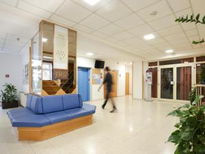 Eingangsbereich des ÖJAB-Hauses Dr. Rudolf Kirchschläger.