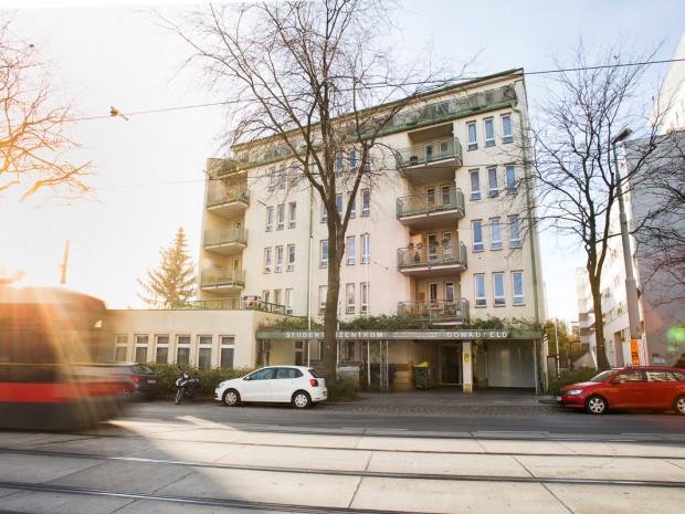 Außenaufnahme des ÖJAB-Hauses Donaufeld.