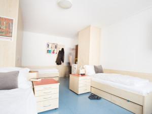 Triple room at the ÖJAB-Haus Niederösterreich 2.