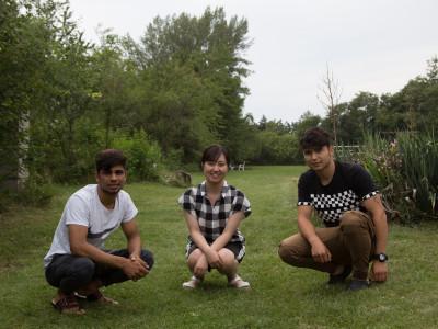 TeilnehmerInnen der YUAI-Reisegruppe mit zwei Bewohnern des ÖJAB-Hauses Greifenstein, Interkulturelles Wohnheim.