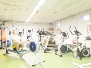 Fitnessraum des ÖJAB-Hauses Salzburg in Salzburg.