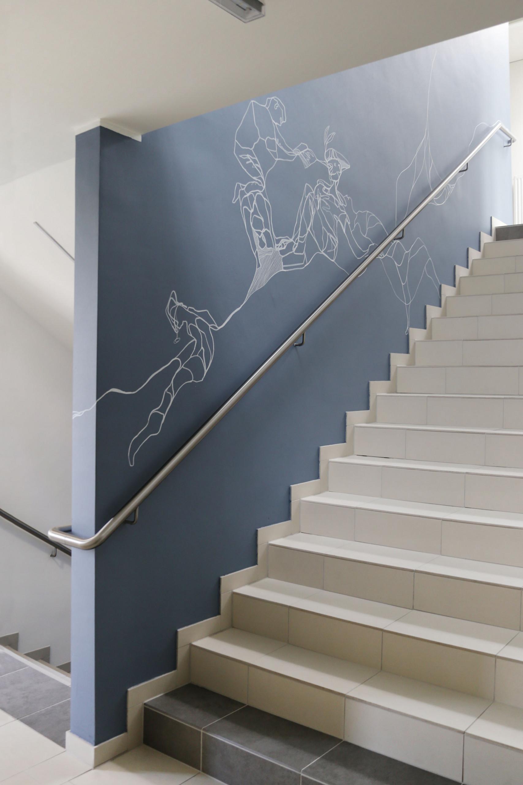 Wandzeichnungen im Stiegenhaus des Haus.